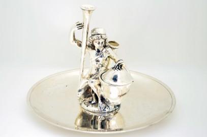 Encrier en bronze argenté représentant un archer