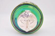 Encrier LOETZ (1836-1947) en pate de verre irisé et capuchon en bronze argenté