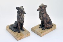Bookend polychrome controls, with lever dogs