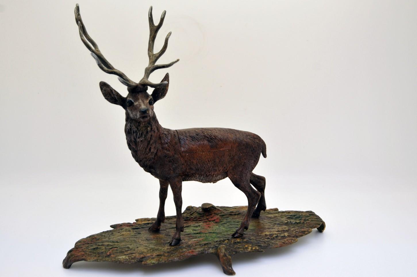 Encrier en bronze polychrome - cerf