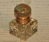 Encrier Français en cristal taille diamant.