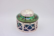 Inkwell LOETZ (1836-1947) pate of iridescent glass and silvered bronze cap