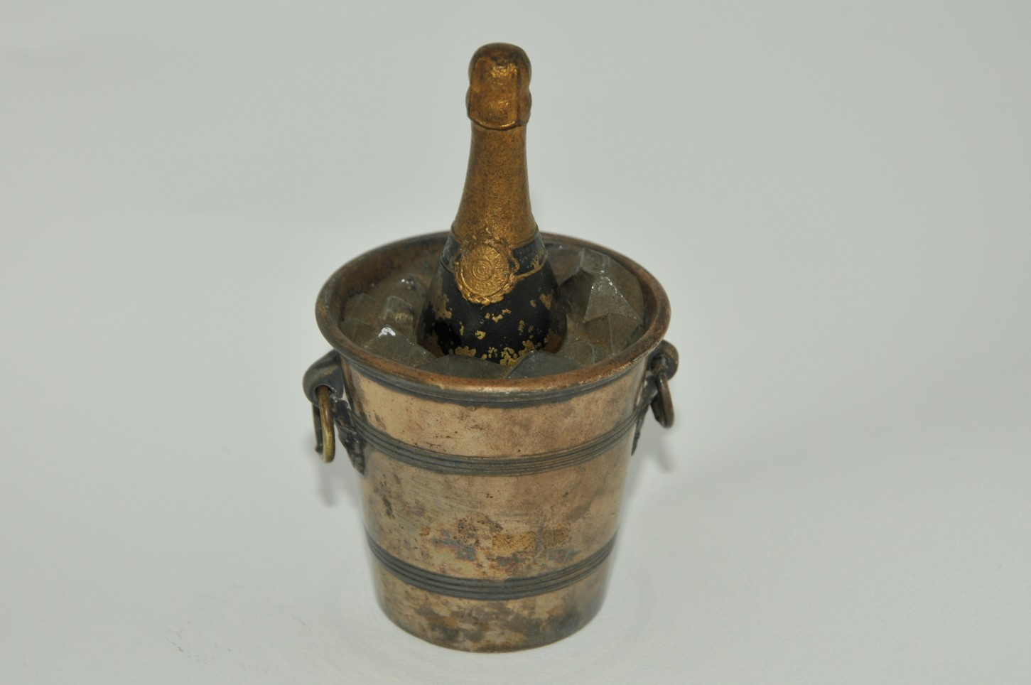 Inkwell bucket and bottle of Champagne