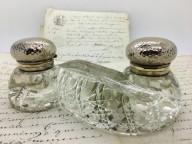 Encrier en cristal de forme insolite de 1900