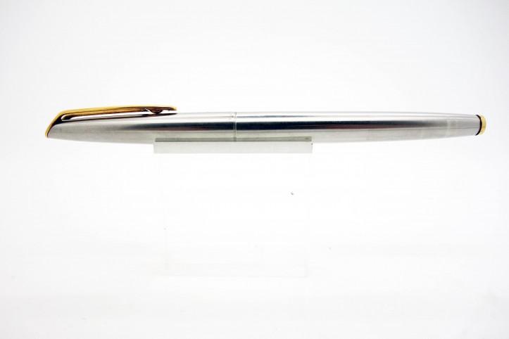 Stylo plume Waterman CF en acier